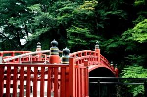 Le pont sacré Shinkyo à Nikko, au Japon
